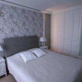 Klasyczne meble sypialnia