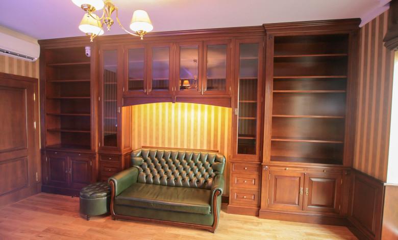 Biblioteka drewno olcha