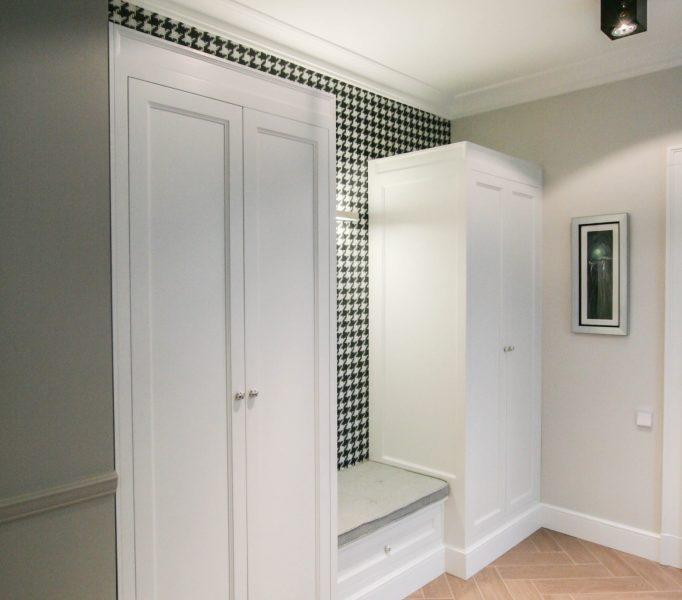 Klasyczne szafy do holu 1
