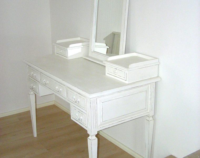 Sypialnia francuska – toaletka