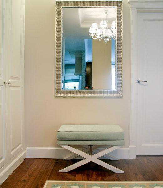 Białe szafy klasyczne 1