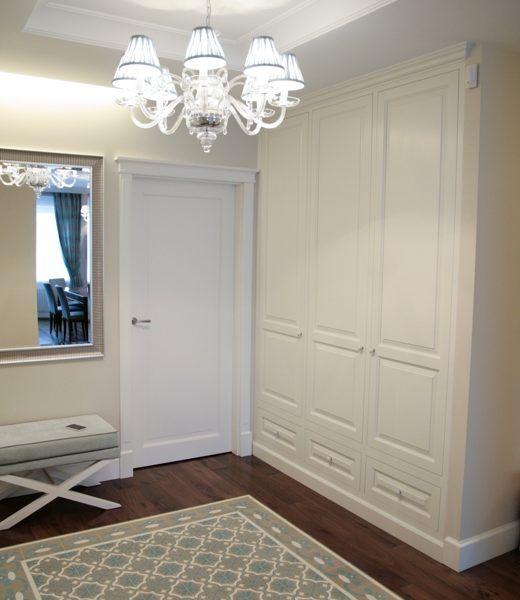 Białe szafy klasyczne 3